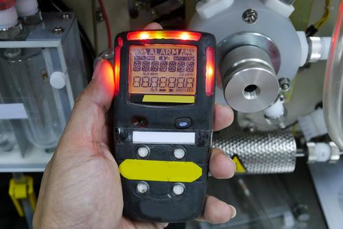 Detektory wielogazowe w pomiarach materialnego środowiska pracy