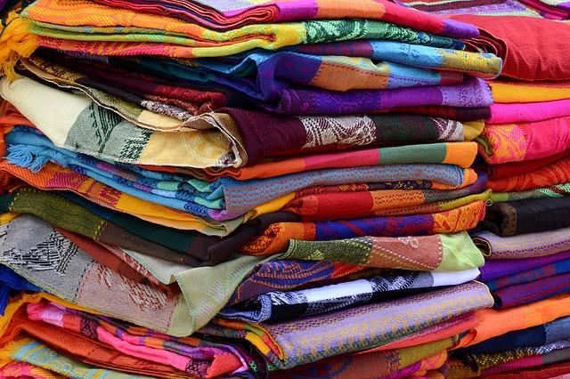 Jakie znasz rodzaje tkanin?