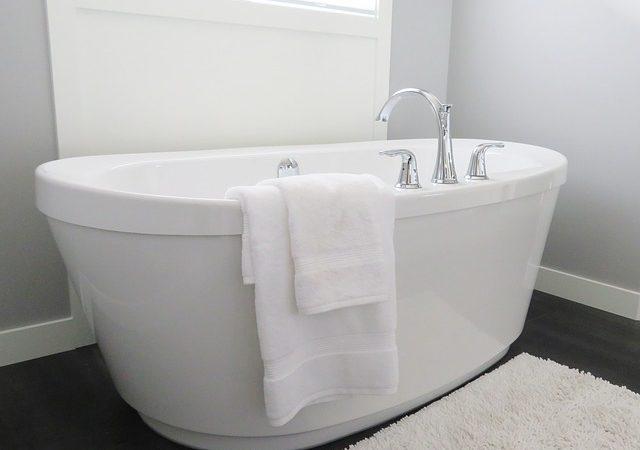 Jak wygląda łazienka dla niepełnosprawnych?