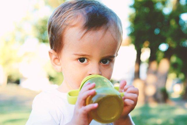 Herbata – czy ma ona wpływ na nawodnienie organizmu?