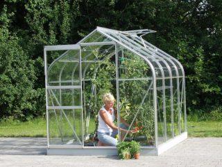 Szklarnia w ogrodzie? To więcej niż dobry pomysł!